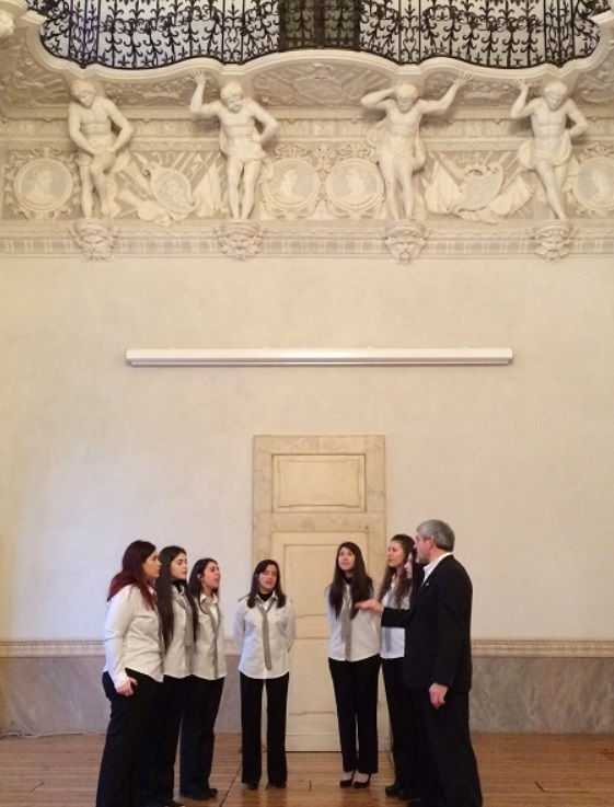 Concerto del Coro Out of Time